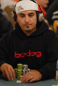 Blackjack advantage player